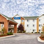Photo de Baymont Inn & Suites Gurnee