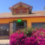 Araujos Restaurant y Taqueria