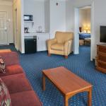 2 Room Suite, separate living area
