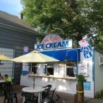 What's the Scoop - ice cream building