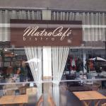 Fotos do interior e da fachada do restaurante
