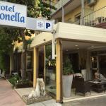 Photo de Hotel Antonella