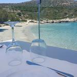 Loutraki Restaurant and Seaside Bar