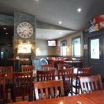 PIPERS: Quiet Restaurant Area
