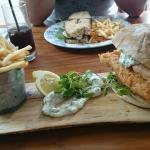 Fishfinger sandwich and prosecco!