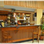 Hall / Bar