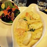 Ottimo il pasticcio di salmone, formaggio e patate ... A dir poco delizioso !!!!