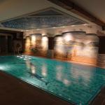 Swimmind pool