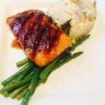 I had the salmon - it was delicious! The waitress Meghan was awesome! Highly recommend Carolines