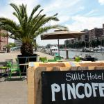 The Pincoffs Hotel - terrace at waterfront