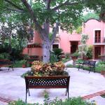 Photo de Hacienda San Miguel Hotel & Suites