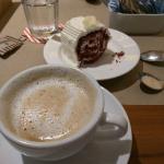 Cappuccino & Red Velvet