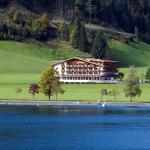 Hotel Bergland vom Achensee aus