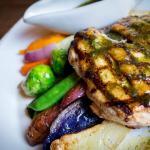 "Grilled chicken ""al mattone"" with thyme pesto"
