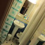 화장실 1