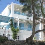 Photo de Carmel studios-apartment-villa