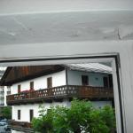 finestra con distacchi tinteggiatura