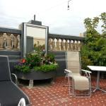 Outdoor roof patio