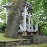 Der Bömitzer Glockenturm steht im Gutspark - man kann hier auch heiraten!