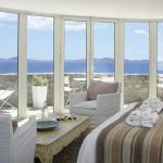 Front Sea View Suite