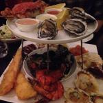 Seafood tower was super delicious! Highly recommended. Cosy, nice ambience and good service! Wil