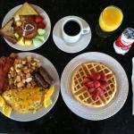 Enjoy our Chef's freshly prepared Garden Grill Breakfast
