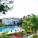 Bungalow view/pool