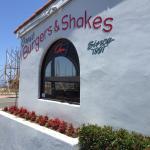 Biggie's Burger & More