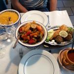 À essayer. Un seul menu: le couscous. Pas de menu qui fait 15pages avec à la clef un repas décon