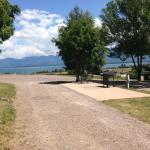 Unoccupied premium site overlooking the lake