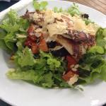 Basil pesto chicken salad