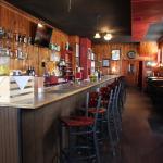 Foto de Shakers Fine Spirits & Wine Lounge