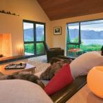 Guest Lounge Main Lodge