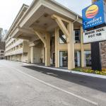 Photo of Comfort Inn & Suites at Dollywood Lane
