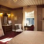 Lake Mendota Room