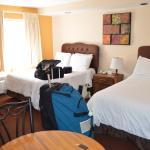 Photo de Wilshire Crest Hotel