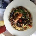 linguini fruits de mer, excellents!!!!