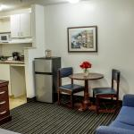Foto de Suburban Extended Stay Hotel of Greensboro - W. Wendover