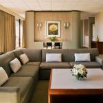 Presidential Luxury Suite