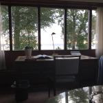 Blick aus dem Fenster der Strand Suite