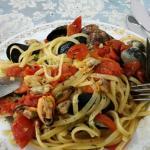 I deliziosi primi al nero di seppia e vongole e cozze