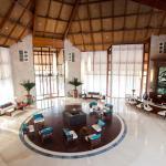 JA Palm Tree Court Lobby