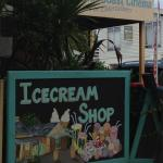 Robe Ice-Cream & Lolly Shop