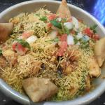Deconstructed samosa chaat