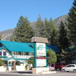 Photo of Tahoe Chalet Inn