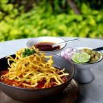 Thai Food Khao Soi Set