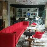 Lobby del hotel y Bar