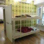 4 person mixed ensuite room