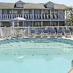 Hatteras Marlin Pool