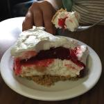 Strawberry cheese torte